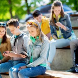 Tech time not to blame for teens' mental health problems -