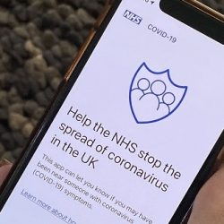 Covid-19 - New trial for England's revamped NHS contact-tracing app -
